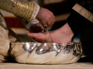 Armenian Church Celebrates Holy Thursday In New York