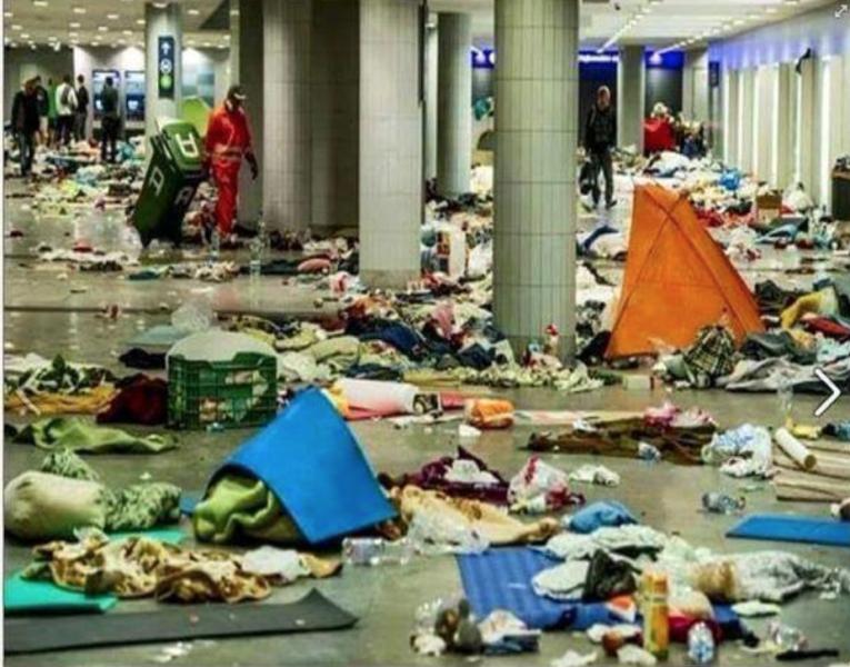 migrant mess2