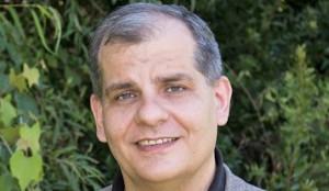 Professor-Andrew-Holt