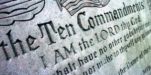 ten-commandments-TW
