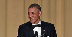 barack-obama-tuxedo-correspondents-dinner-screenshot-600